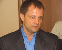 Александр Караваев примерил знак мэра Златоуста